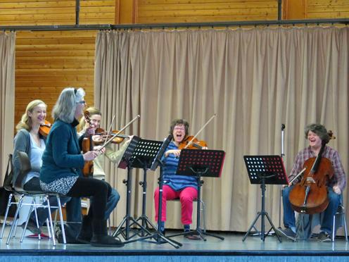 Sinfoniker zu Besuch © Grundschule Giesenkirchen